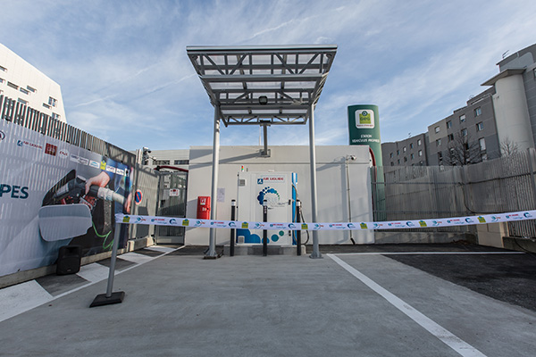 The new Hydrogen Refueling Station in Grenoble ready for opening