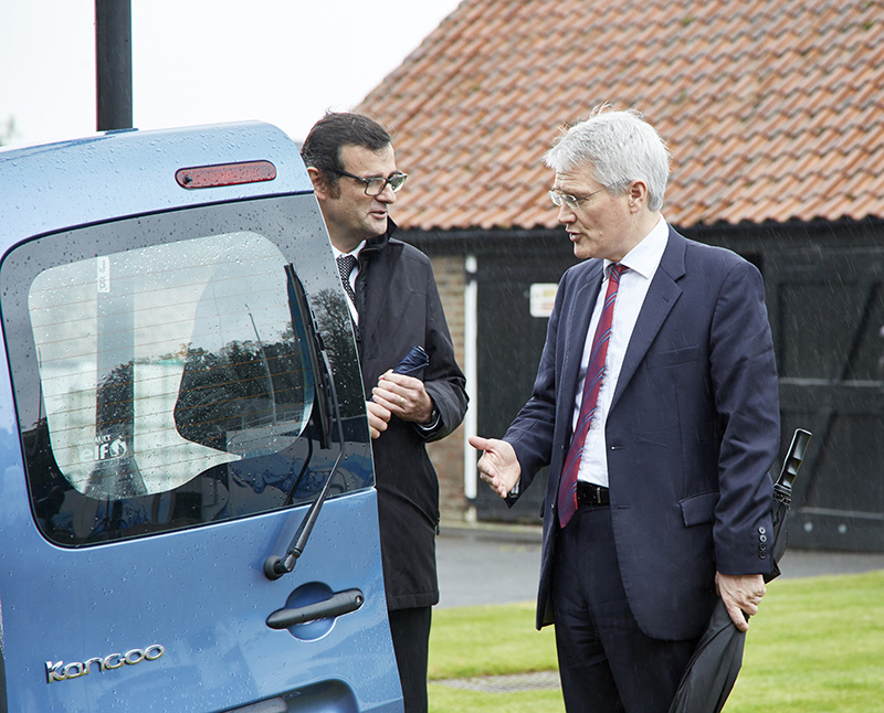 Fabio Ferrari, Symbio FCell's CEO, and Andrew Jones MP, Transport Minister at Department for Transport.